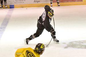Immer noch zum Zusehen verurteilt. Daniel Stefan konnte seiner Mannschaft in Feldkirch leider auch nicht helfen.